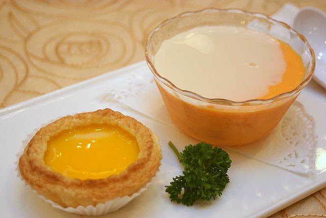 Egg Tart and Mango Pudding