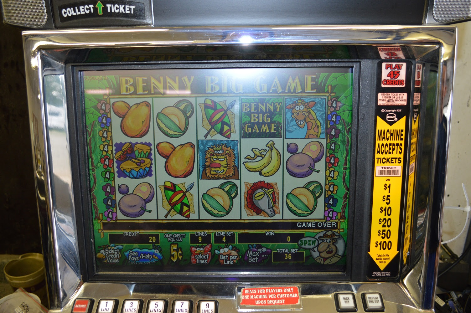 Slot poker machines games