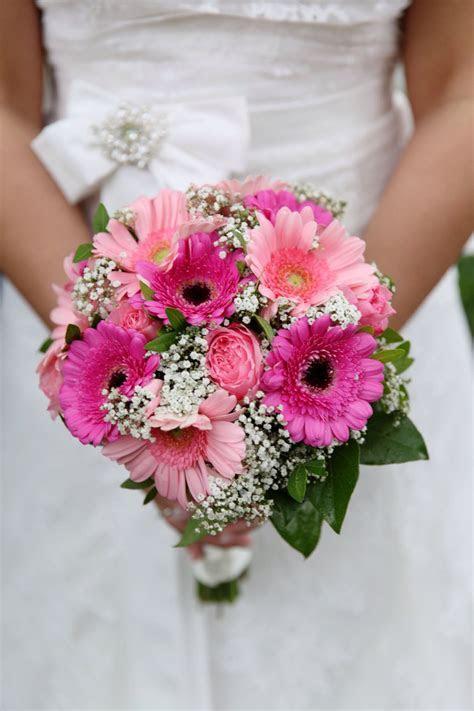 Bruidsboeket roze gerbera   Weddingbouquet pink gerbera