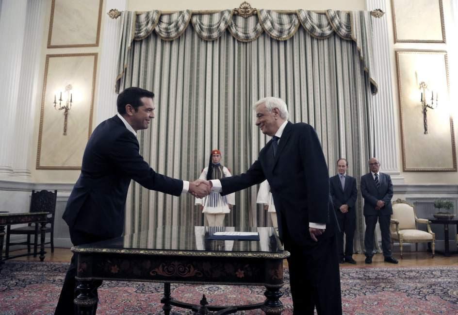 Alexis Tsipras jura como primer ministro