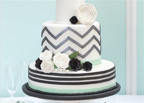 Doric Cake Crafts