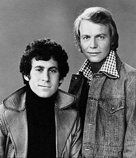 Paul Michael Glaser (Starsky) et David Soul (Hutch) en 1975