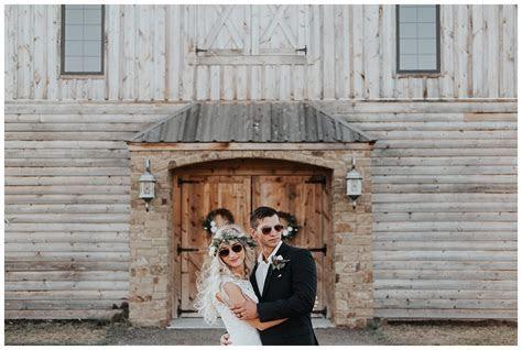 Wichita KS Wedding Photographer Stone Hill Barn ? Kay