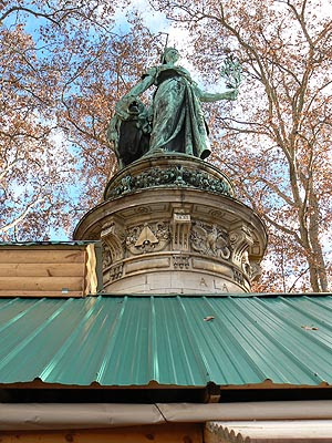 statue place carnot.jpg