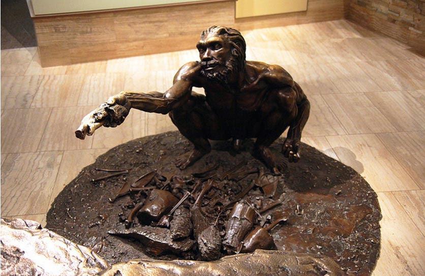 Estatua de bronce de un Homo Heidelbergensis, Museo Smithsoniano, Washington D.C., Estados Unidos (Tim Evanson/Flickr)