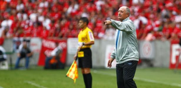 Felipão não é mais técnico do Grêmio, o treinador deixa o cargo após 10 meses