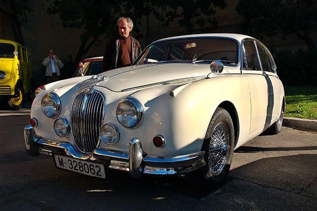 Classic Cars at Auto Retro Barcelona: Jaguar