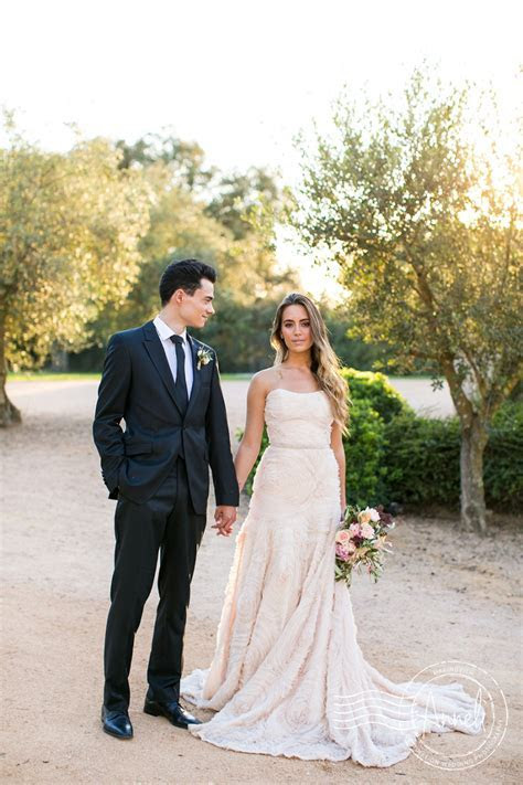 Al fresco wedding inspiration at Castell d'Emporda in
