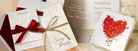 How to choose the suitable wedding invitation card
