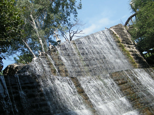 more waterfalls in Rock garden, Chandigarh