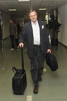 Exteriores condena la agresión de Meyer en El Aaiún y presentará una protesta