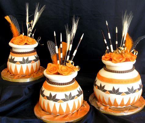 Traditional African Pots Wedding Cake   Cake Studio Botswana
