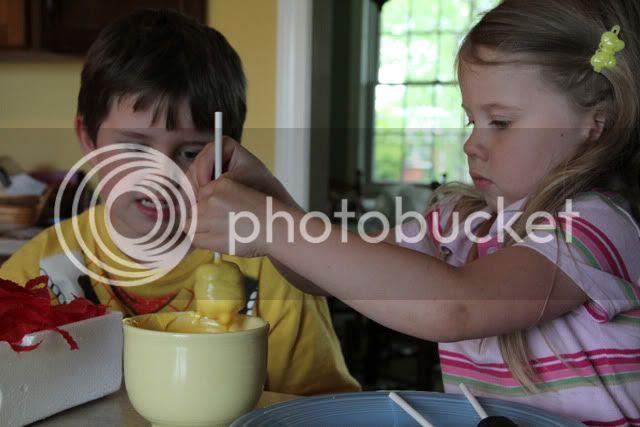 dipping cake pops