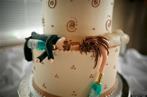 The Most Outrageous Wedding Cakes!   Arabia Weddings