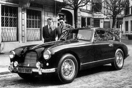 Aston Martin DB2/4 Sports Saloon