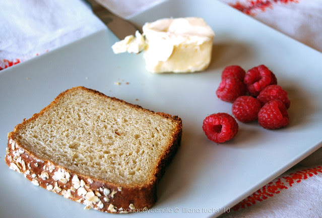 Honey oat bread