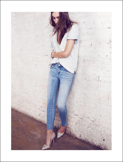 LE FASHION BLOG UNDERSTATED DENIM ON DENIM MADEWELL CANADIAN TUXEDO CLASSIC JEANS SHORT SLEEVE CHAMBRAY SHIRT PYTHON PUMPS Perfect Chambray Short-Sleeve Ex-Boyfriend Shirt Wide Glider Bangle Skinny Skinny Crop Jeans in Mist The Mira Heel in Serpentine 1 photo LEFASHIONBLOGUNDERSTATEDDENIMONDENIMMADEWELL1.jpg