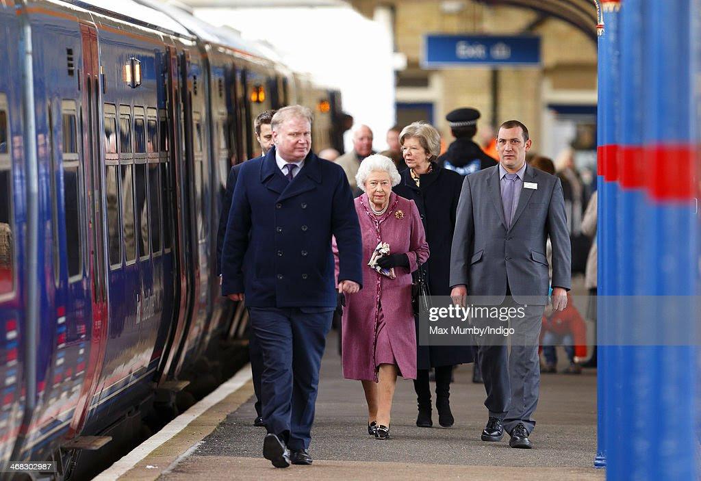Image result for queen elizabeth on railway platform