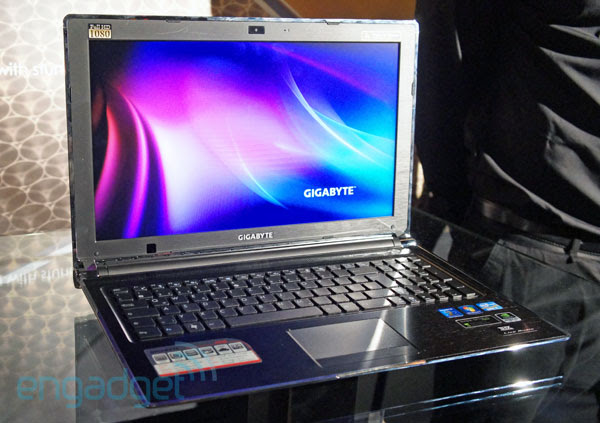 Gigabyte P2542G gaming laptop handson