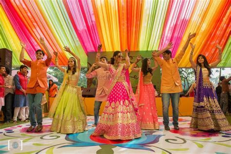 10 Sangeet Songs For The Brides Friends/ Sisters To Dance