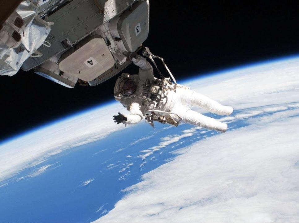 ISS, sortie, 2010
