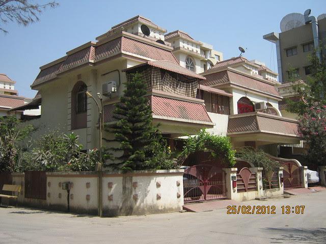 Dwarkadhish Row House - Visit Gobind Shree Ganesh Graceland & Mantri Mystica, near Hotel Shivar Garden, Rahatani, Aundh Annex,  Pune 411017