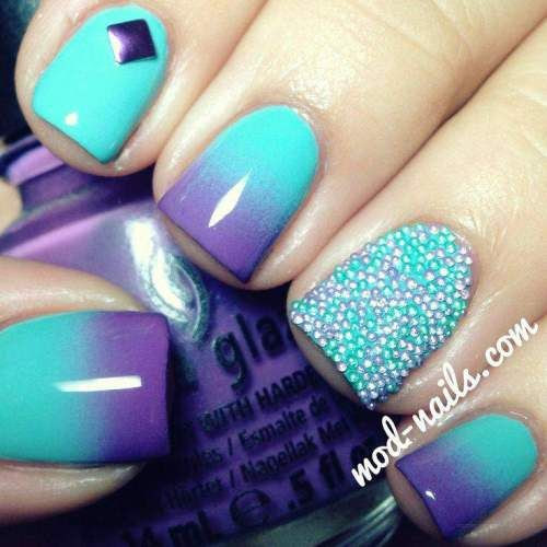Who doesn't love crystals? Now imagine having them on your nails... #nailart