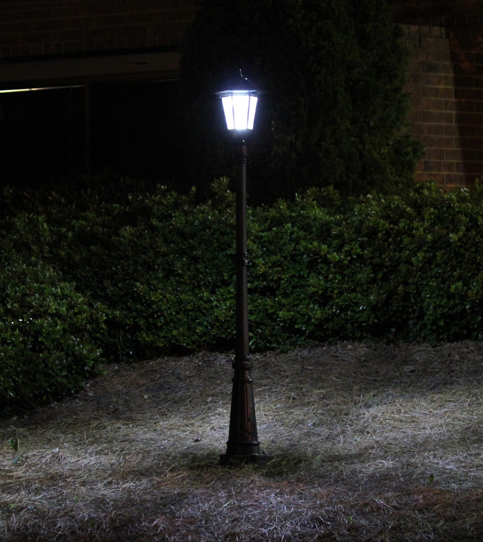 Amazon.com : Gama Sonic Windsor Solar Outdoor LED Light ...
