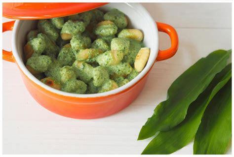 gnocchi mit blitzschneller baerlauch frischkaesesosse food