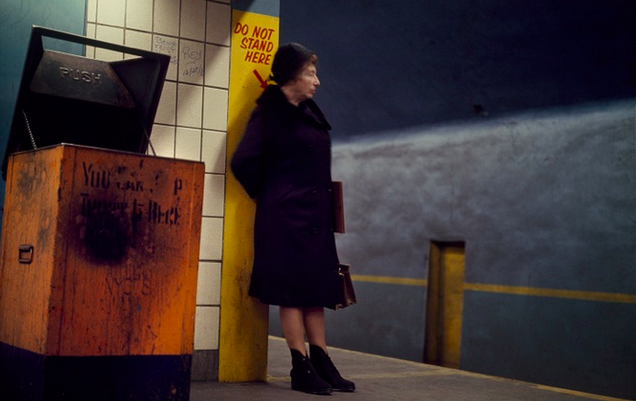 http://gizmodo.com/rare-photos-from-1966-show-the-nyc-subway-in-full-color-1671949358