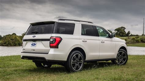 ford expedition stealth edition rear motortrend
