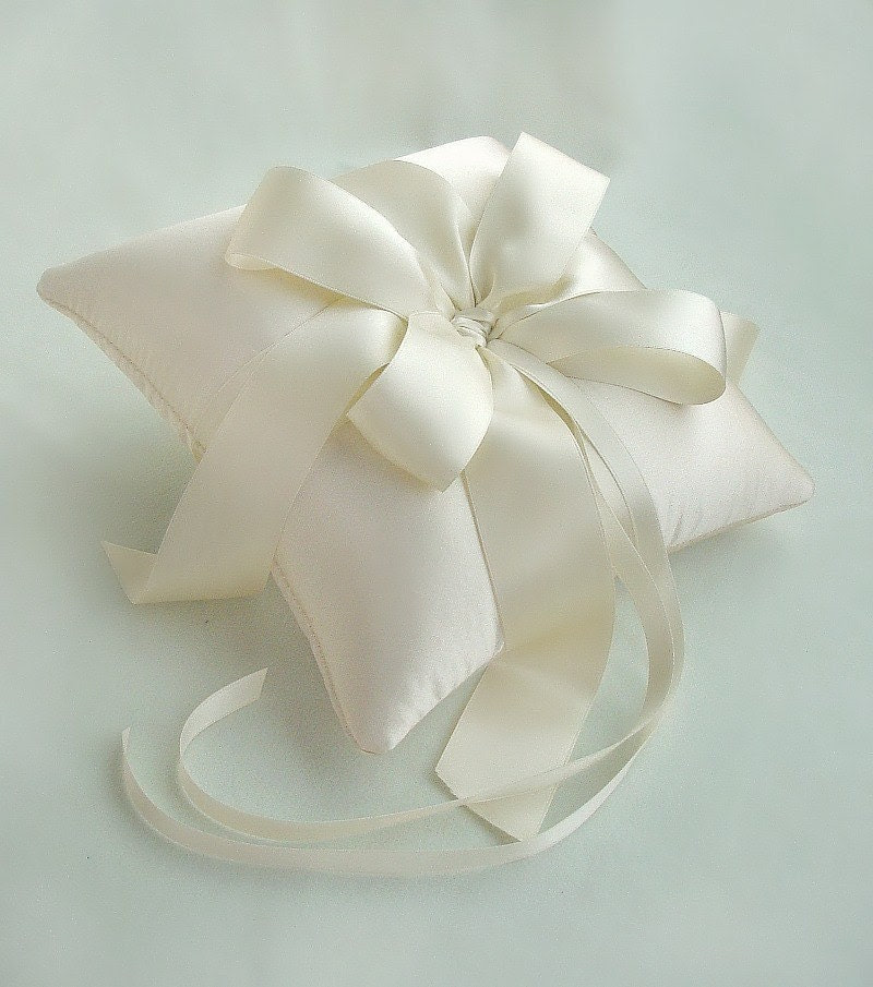 Luxurious Double Silk Satin Bow Ring Bearer Pillow in Cream