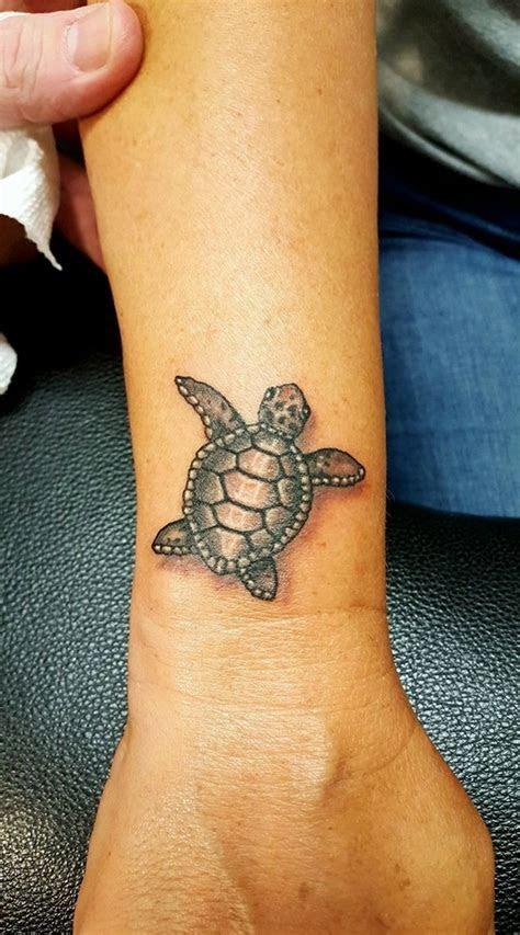 beautiful   sea turtle tattoo   meanings