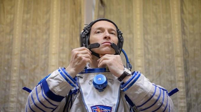 Югорский космонавт Сергей Рыжиков позвонил из космоса, чтобы поздравить с Рождеством