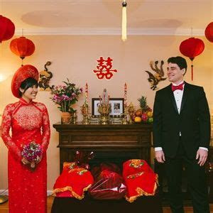 Vietnamese Wedding Decorations   see more: gown , red