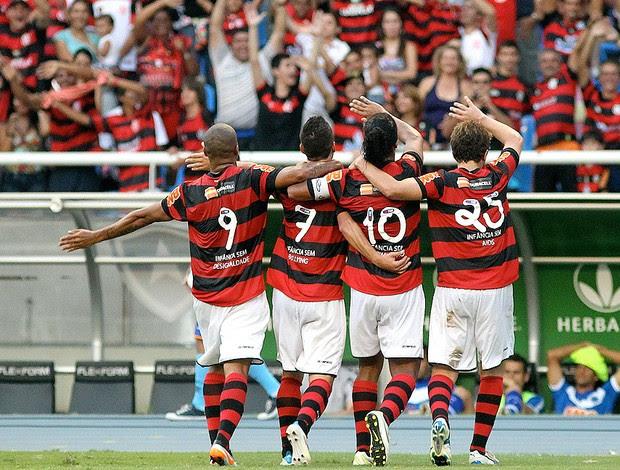 Deivd, Thiago Neves, Ronaldinho, Thomás - Flamengo x Cruzeiro (Foto: Livia Villas Boas/AGIF/AE)