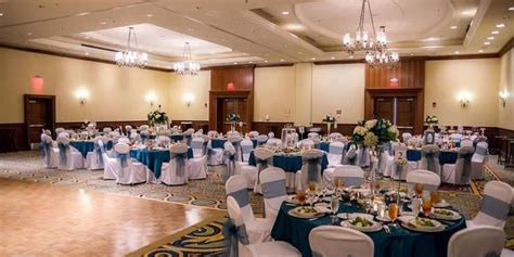 Newport News Marriott at City Center Weddings