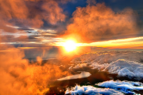 Majestic Sunrise from the Summit of Mount Fuji by Sprengben [why not get a friend]