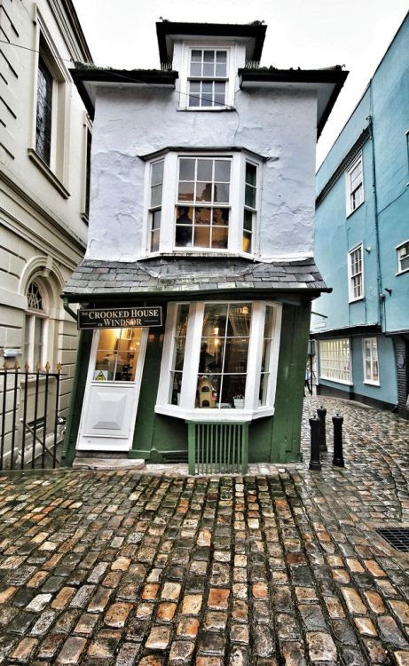 brilliantuk:  The Crooked House of Windsor - The Oldest Teahouse in EnglandbyPhil Wileyx