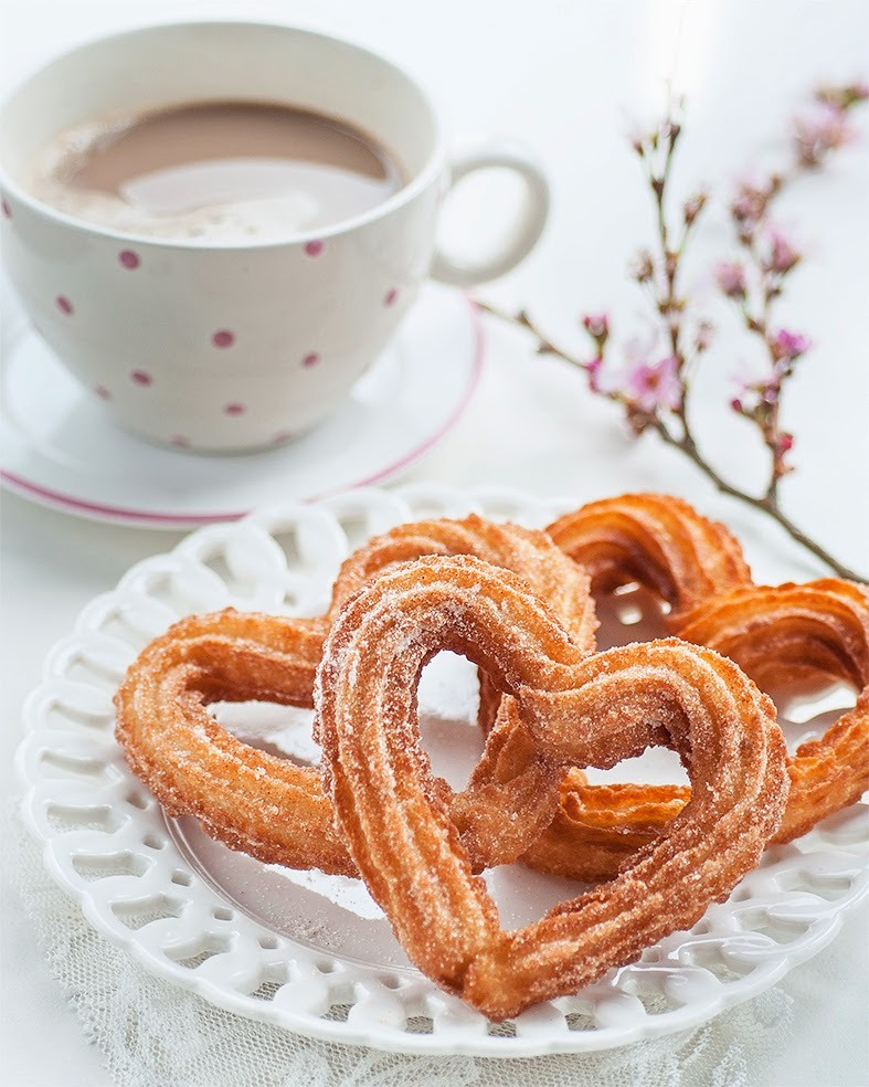 confectionerybliss:Heart Shaped ChurrosSource: Super Golden Bakes