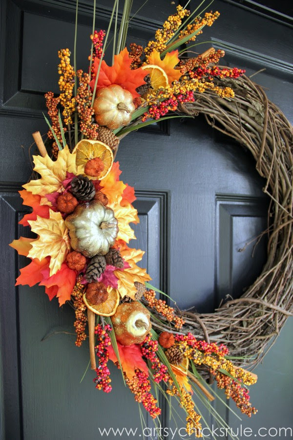 DIY Fall Wreath - Fall Themed Tour - Side View - #fall #falldecor #diy artsychicksrule.com
