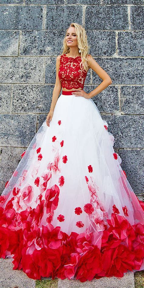 Beautiful non traditional wedding dress ideas 01   VIs Wed