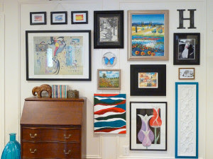 How To Hang A Gallery Wall Without Nails Picture Framing Tips