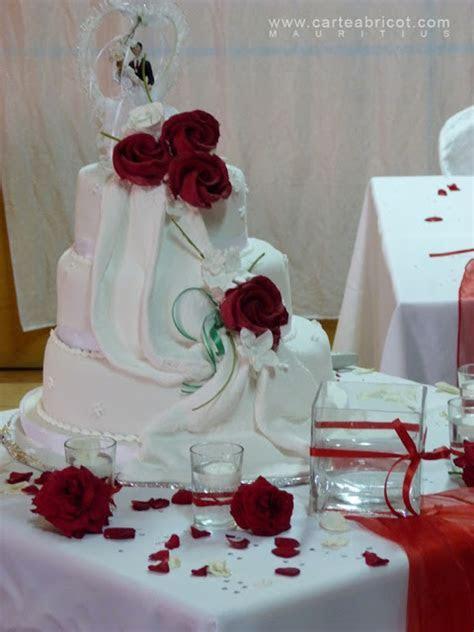 MARIAGE EN ROUGE ET BLANC   Carte Abricot Wedding Planner