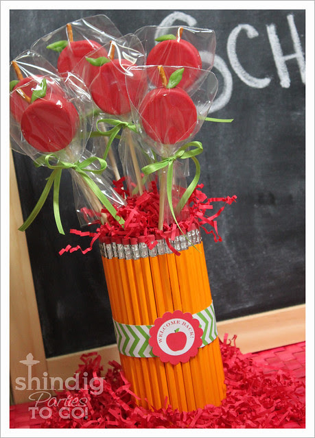 Back 2 School Apple Oreo Bouquet