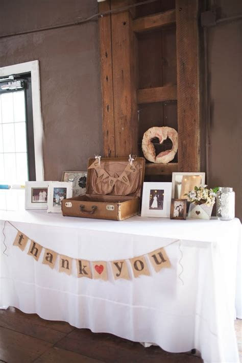 Best 25  Gift table signs ideas on Pinterest   Wedding