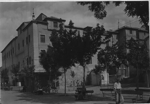 Paseo del Miradero y Convento de Santa Fe a principios del siglo XX