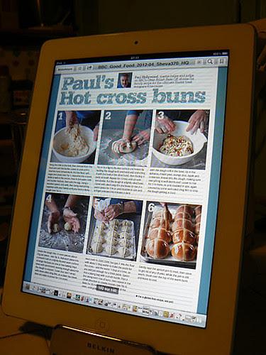 hot cross buns 1.jpg