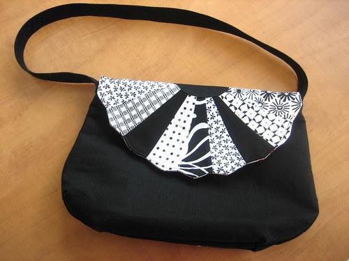 Shirley (freidasew) made me a purse