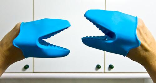307/365 Velocirraptores en la cocina por Juan R. Velasco